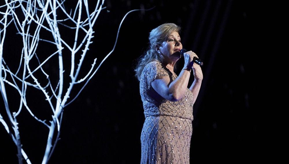 Juana Zamora canta 'La gata bajo la lluvia' en la Gran Final de 'La Voz Senior'