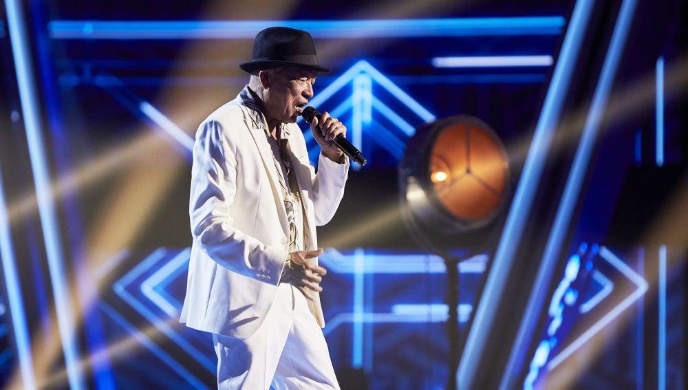 Nico Fioole canta 'You make me feel so young' en la Gran Final de 'La Voz Senior'