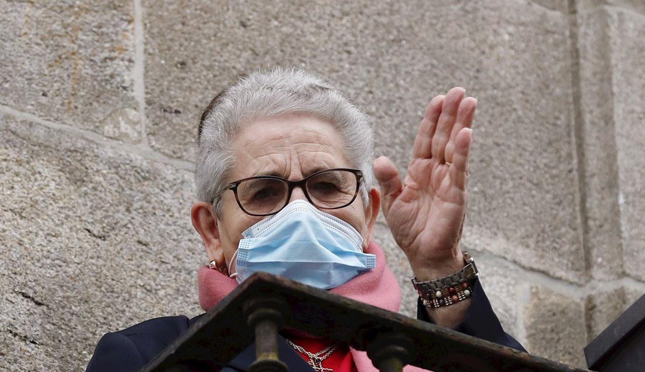 Nieves Cabo, de 82 años, la primera gallega que recibe la vacuna contra el coronavirus recibe la segunda vacuna