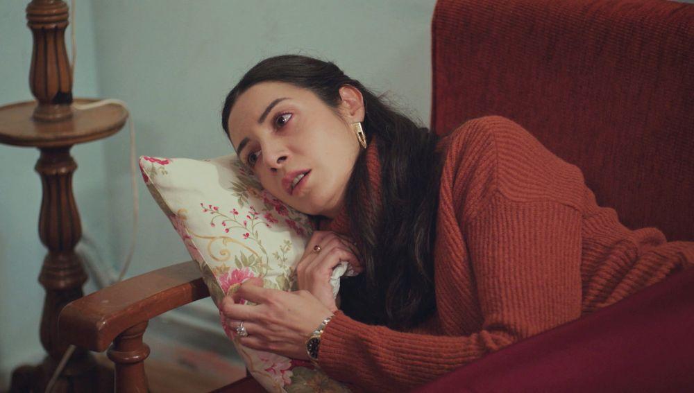 """¿Qué futuro le espera a Piril? Hundida tras la infidelidad de Sarp con Sirin: """"Mi corazón está destrozado"""""""
