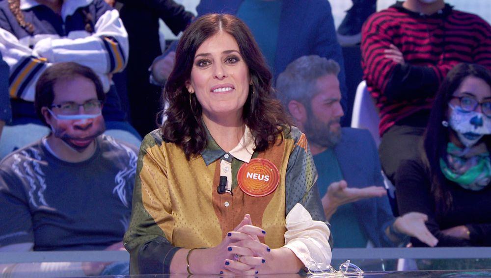"""Neus Sanz revela el """"gran descubrimiento"""" del regreso de 'Los hombres de Paco' y manda un emotivo beso desde 'Pasapalabra'"""