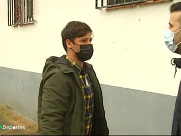Álvaro Fraga, el surfista y monitor de natación que salvó al bebé que cayó de una ventana en Ferrol
