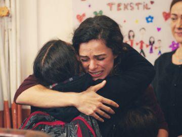 El momento más esperado por Bahar: regresa a casa tras superar su enfermedad