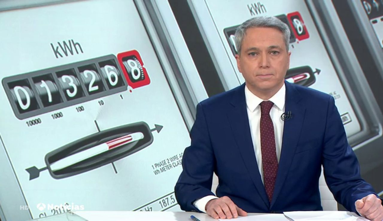 Vicente Vallés analiza los argumentos de PSOE y Podemos para no aplicar una bajada del IVA a la luz