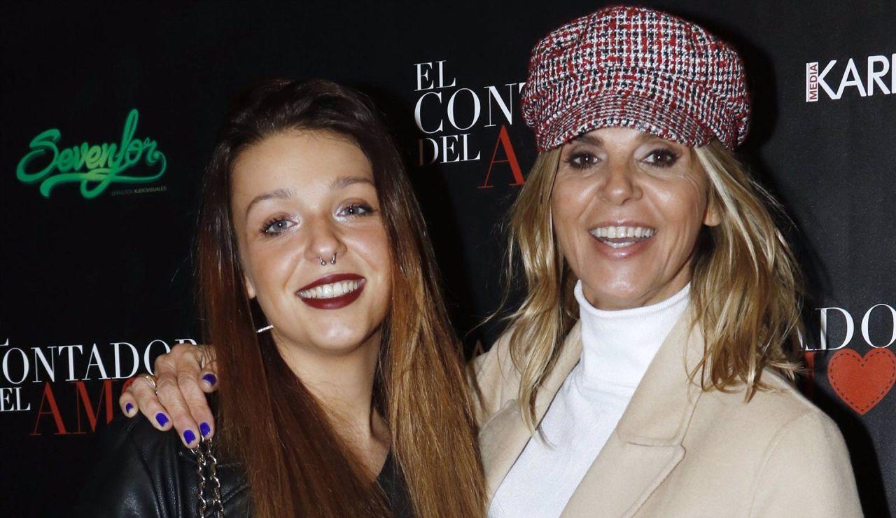 Arancha de Benito junto a su hija, Zayra Gutiérrez