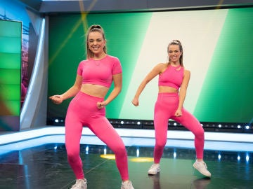 El genial homenaje de Twin Melody a las canciones y bailes más virales de TikTok del año 2020