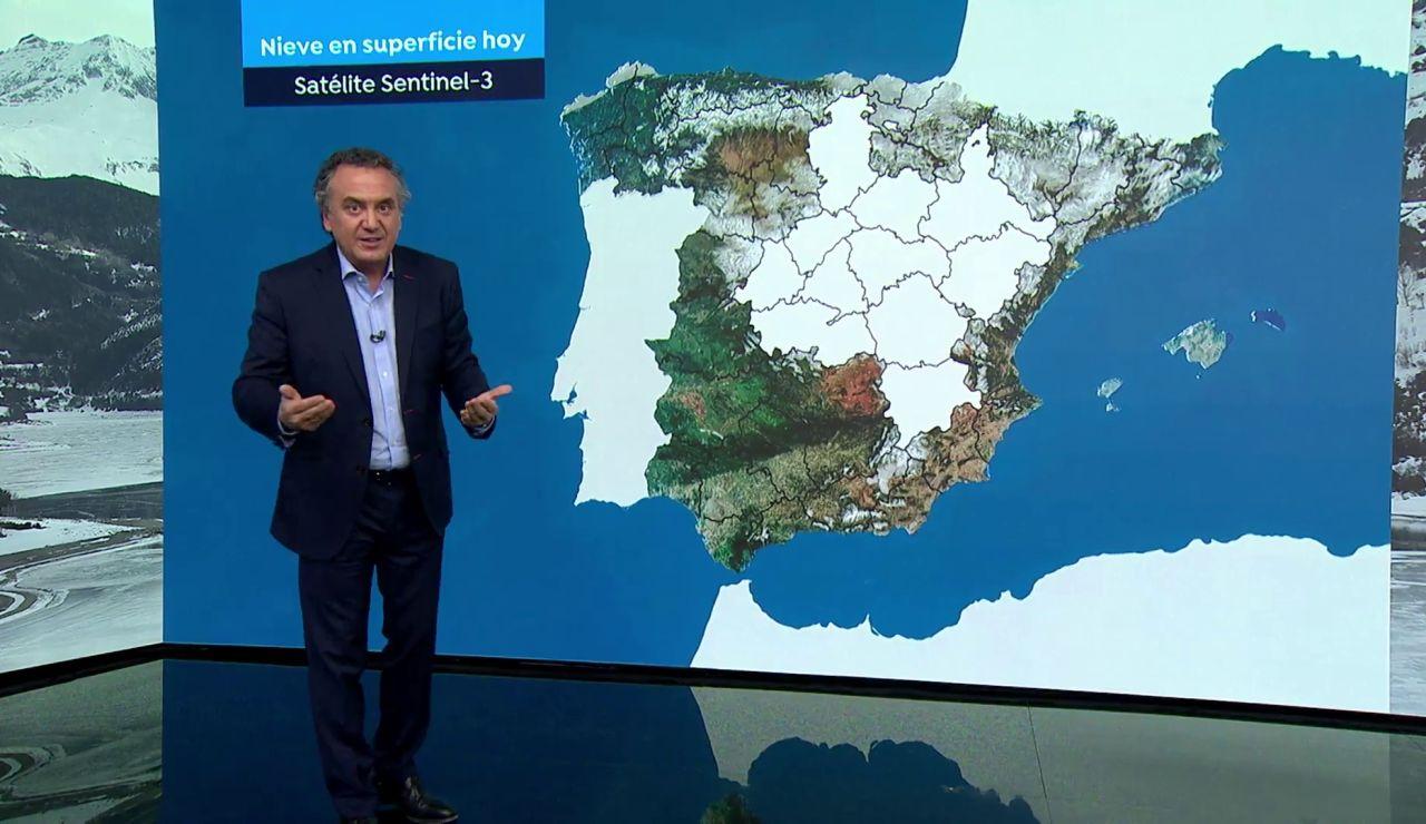 Roberto Brasero explica cuánta agua dejará la nieve del temporal