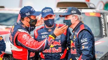 Al Attiyah, Peterhansel y Carlos Sainz, los tres primeros del Dakar