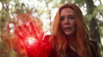 Elizabeth Olsen como Bruja Escarlata en 'Vengadores: Infinity War'