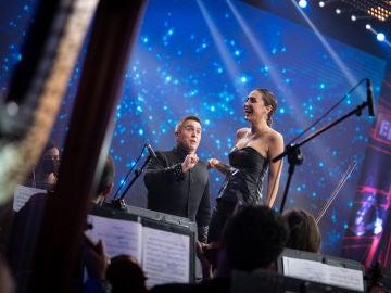 Tamara Falcó se atreve a dirigir a la Film Symphony Orchestra en 'El Desafío'