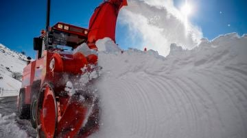 Mapa de carreteras cortadas por la nieve y las incidencias en autobuses, trenes y aeropuerto hoy