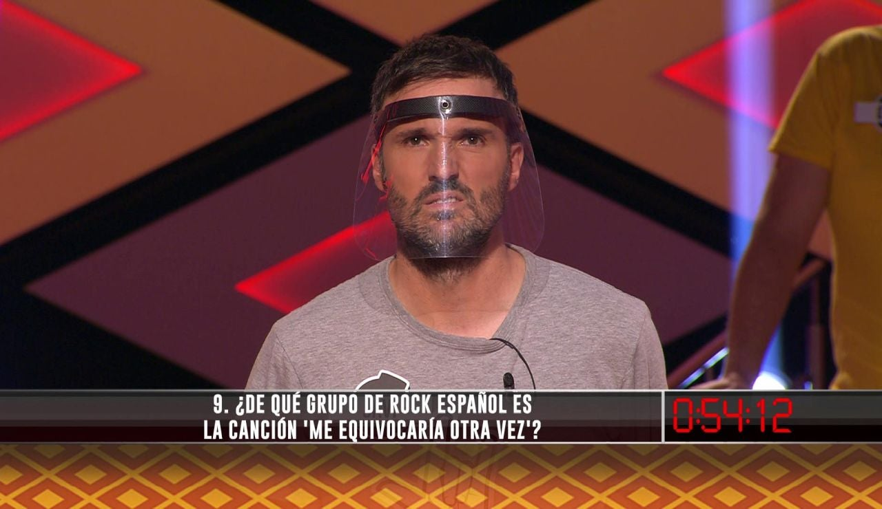 Un fallo sobre un famoso grupo de rock español trunca la ilusión de 'Los caligaris' de llevarse el bote de 'La liga de los millonarios' de '¡Boom!'