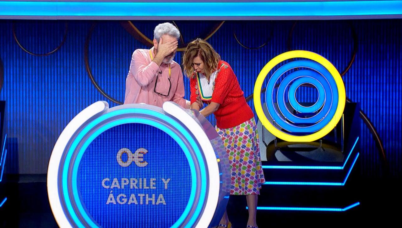 El cabezazo de Lorenzo Caprile y Ágatha Ruiz de la Prada ante la euforia por jugar