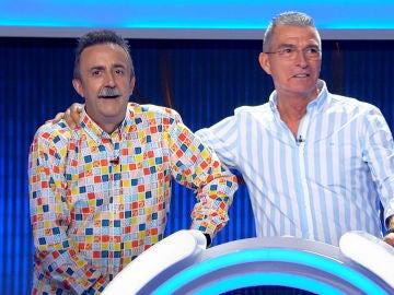 Santi Rodríguez y Manolo Sarria se lucen con un 'pase de modelos'