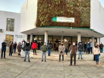 Varios alumnos agreden a un profesor de un instituto de Olivares (Sevilla) y suspenden las clases como protesta