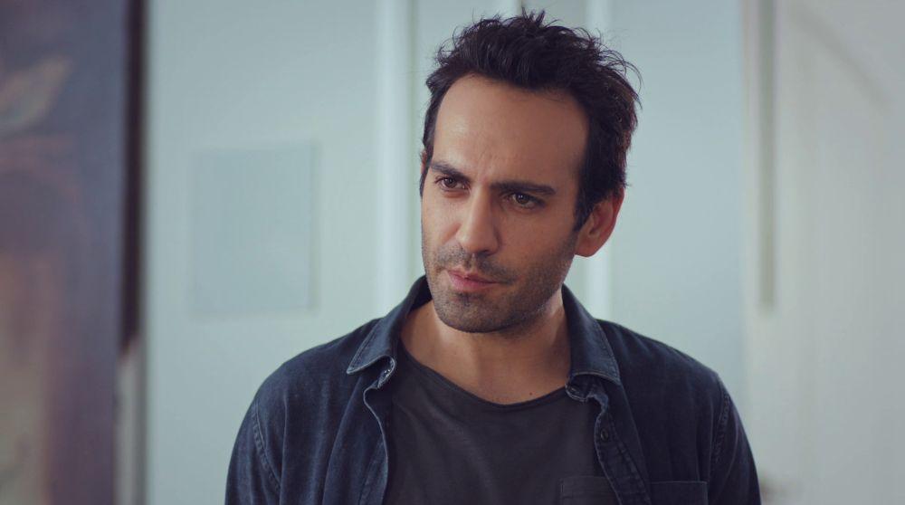 La drástica y repentina decisión de Demir: abandonan la casa de Candan