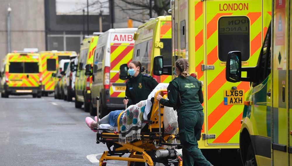 Un hombre muere de cáncer al cancelarse su operación debido a la pandemia coronavirus