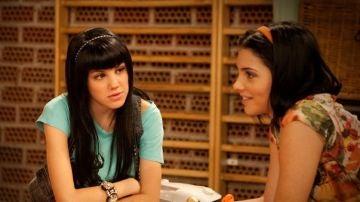 Angy y Andrea Duro como Paul y Yoli en 'Física o Química'