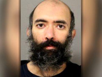 La policía de Chicago detiene a un hombre que llevaba 3 meses viviendo en el aeropuerto por miedo al coronavirus