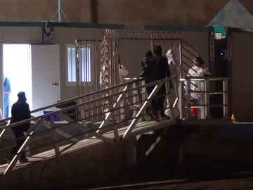 Llega una patera a Fuerteventura con 59 hombres, 2 menores y 8 mujeres una de ellas embarazada