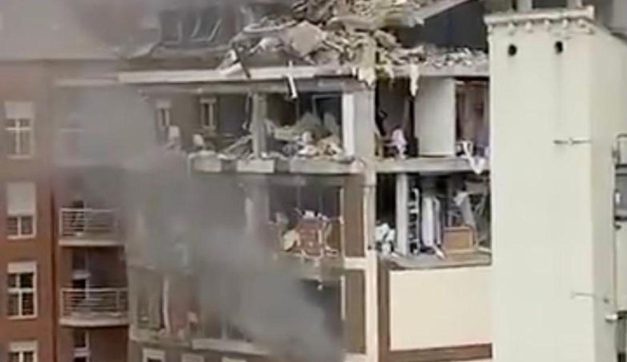El Arzobispado de Madrid asegura que buscan a una persona en el edificio destrozado por la explosión en la puerta Toledo, Madrid