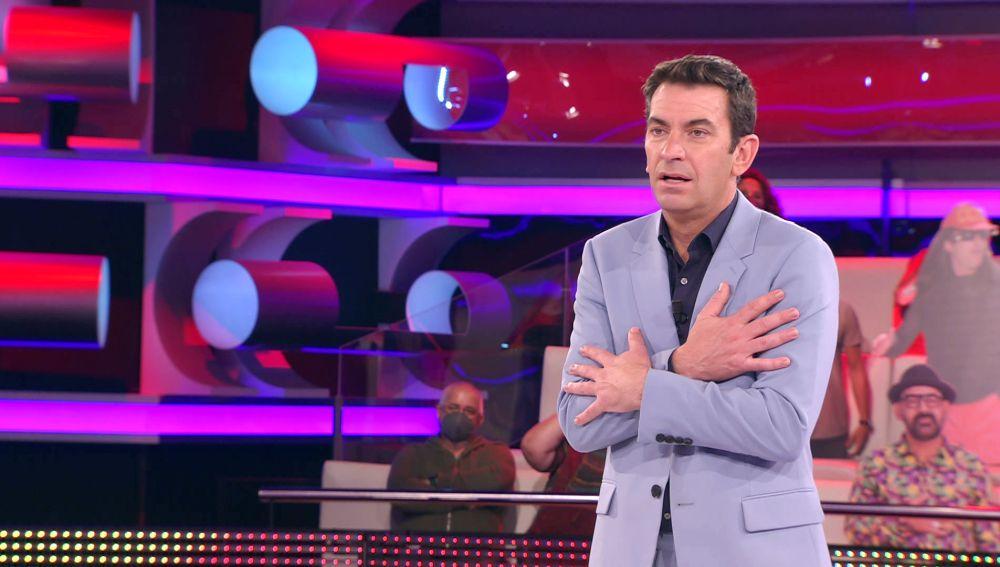 """Arturo Valls, emocionado por la profesión de una concursante de '¡Ahora caigo!': """"Era mi otra pasión"""""""