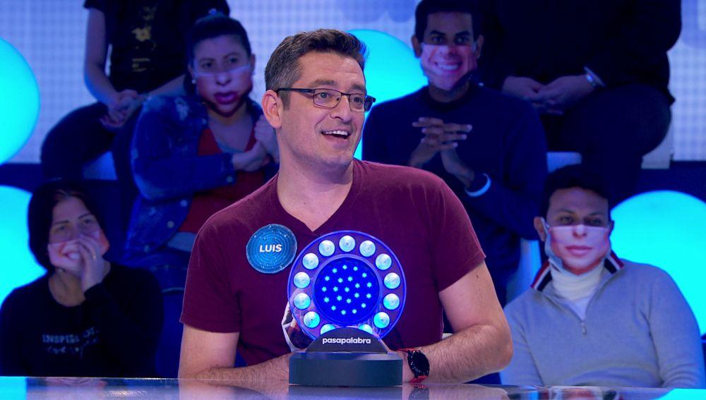 ¡Ovación, vítores y aplausos! Luis arrasa con su cultura musical y cinematográfica en 'Pasapalabra'