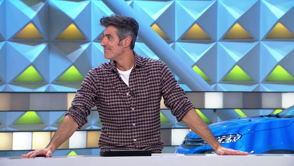 Jorge Fernández demuestra su destreza para hablar japonés en 'La ruleta de la suerte'