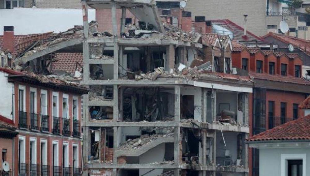 Vista del edificio que explotó en Madrid