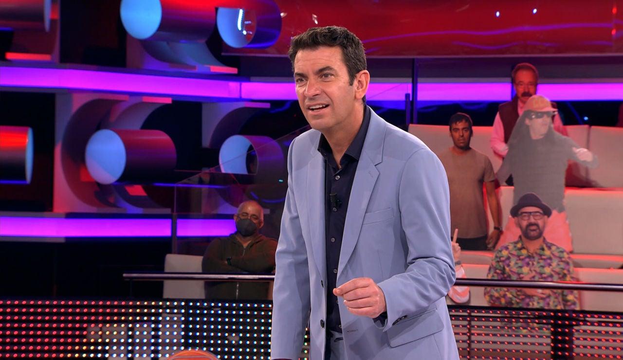 """El chiste malo de un concursante conquista a Arturo Valls: """"De lo mierda que es, me encanta"""""""