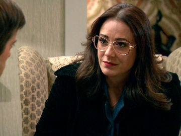 Cristina, desolada al perder toda esperanza de absolver a Manolita