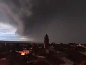El vídeo de la tormenta perfecta que descargó sobre Tarragona