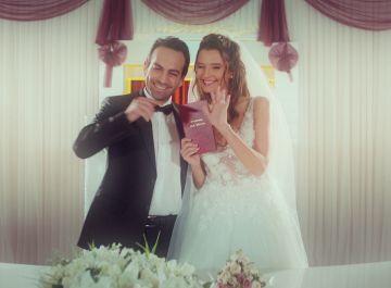 """Öykü, a Candan y Demir: """"Mi padre y tú deberíais casaros"""""""