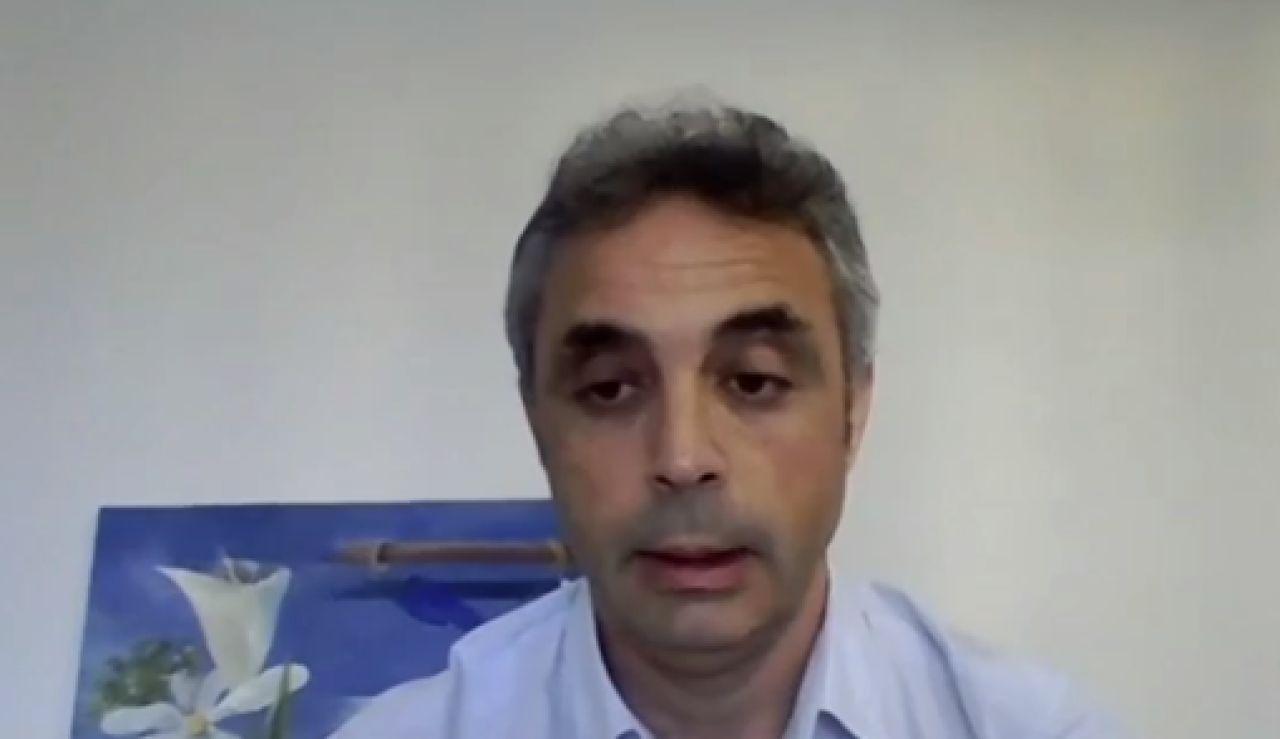 """El jefe clínico de medicina intensiva de La Fe de Valencia: """"Me consta que en algunos hospitales están al borde del colapso"""""""