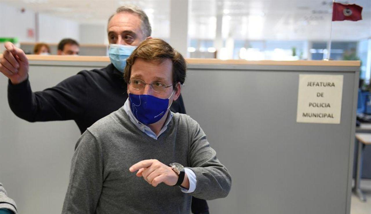 """Almeida ve """"muy lógico"""" que el Gobierno y el JEMAD se vacunen: """"España no puede quedar descabezada en un momento crucial"""""""