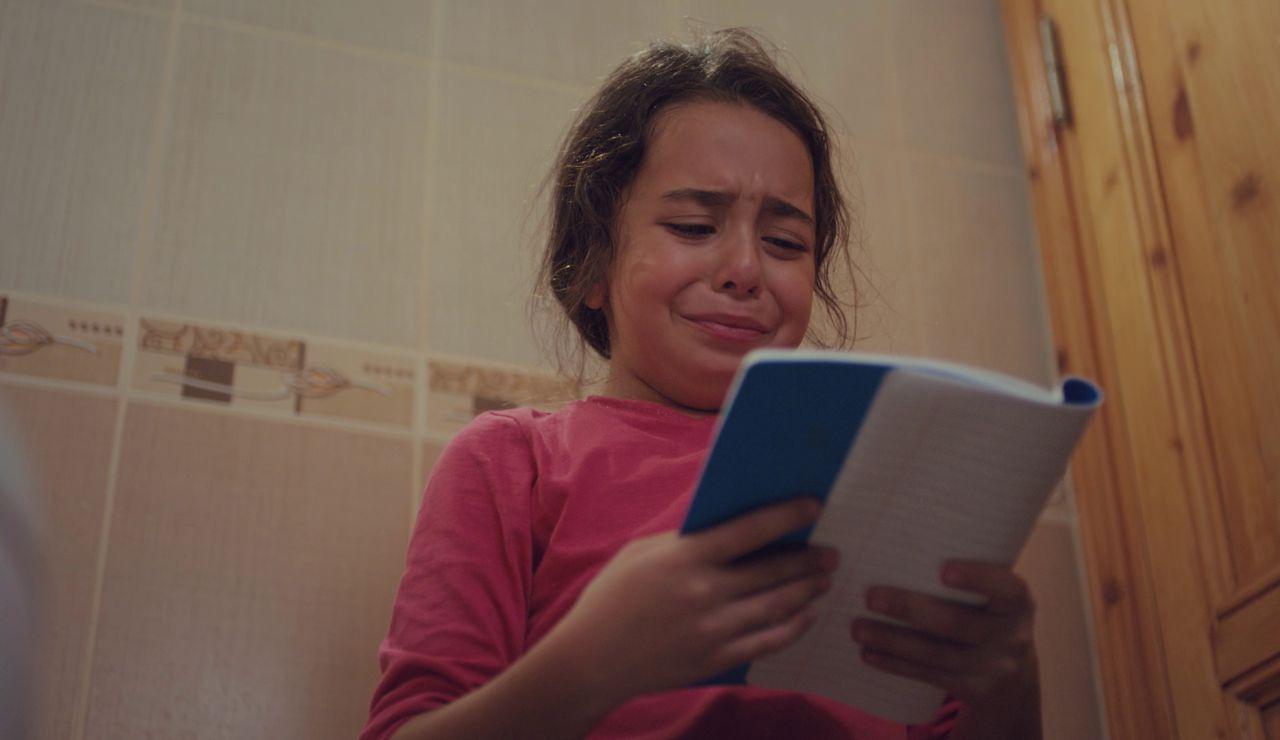 Las crueles palabras de Demir que hacen temer lo peor a Öykü: ser abandonada otra vez