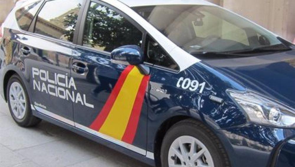 La Policía Nacional detiene a dos hombres por robar y estafar a un familiar que permanecía ingresado por coronavirus