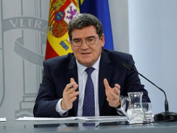 El Consejo de Ministros aprueba la revalorización de las pensiones con una subida del 0´9%