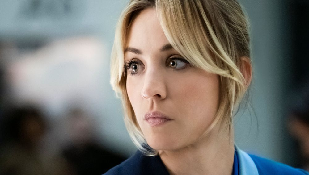 Kaley Cuoco en 'The Flight Attendant'