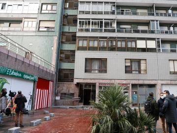 Comunidad del portal Nº 4 en el barrio bilbaíno de Santutxu