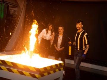 """Marron crea un cohete de lo más peculiar en 'El Hormiguero 3.0': """"¿No explotará?"""""""