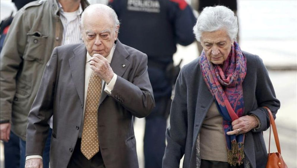 Efemérides de hoy 10 de febrero 2021: Jordi Pujol y Marta Ferrusola