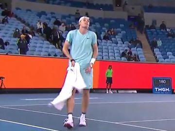 """El infierno de Shapovalov en el Open de Australia: """"¡Me meo en los pantalones!"""""""