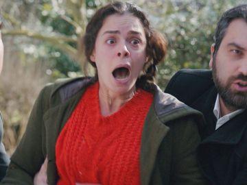 Doruk y Nisan sufren un accidente que saca a la luz para Bahar un terrible secreto