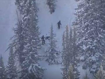 Mueren 4 jóvenes esquiadores sepultados por un alud de nieve en Utah (Estados Unidos)