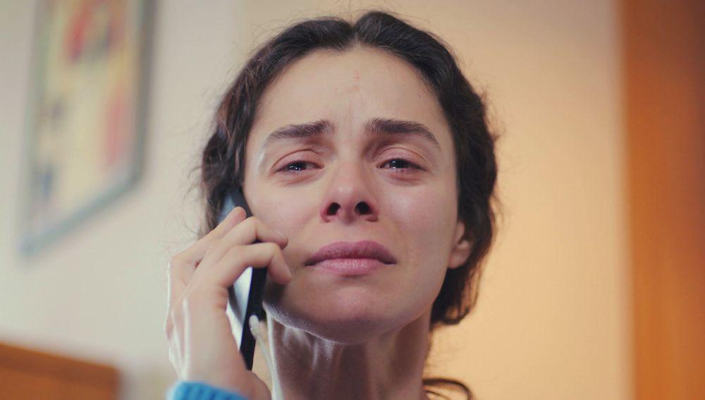 Bahar descubre de la muerte de Yeliz a través de una desafortunada llamada
