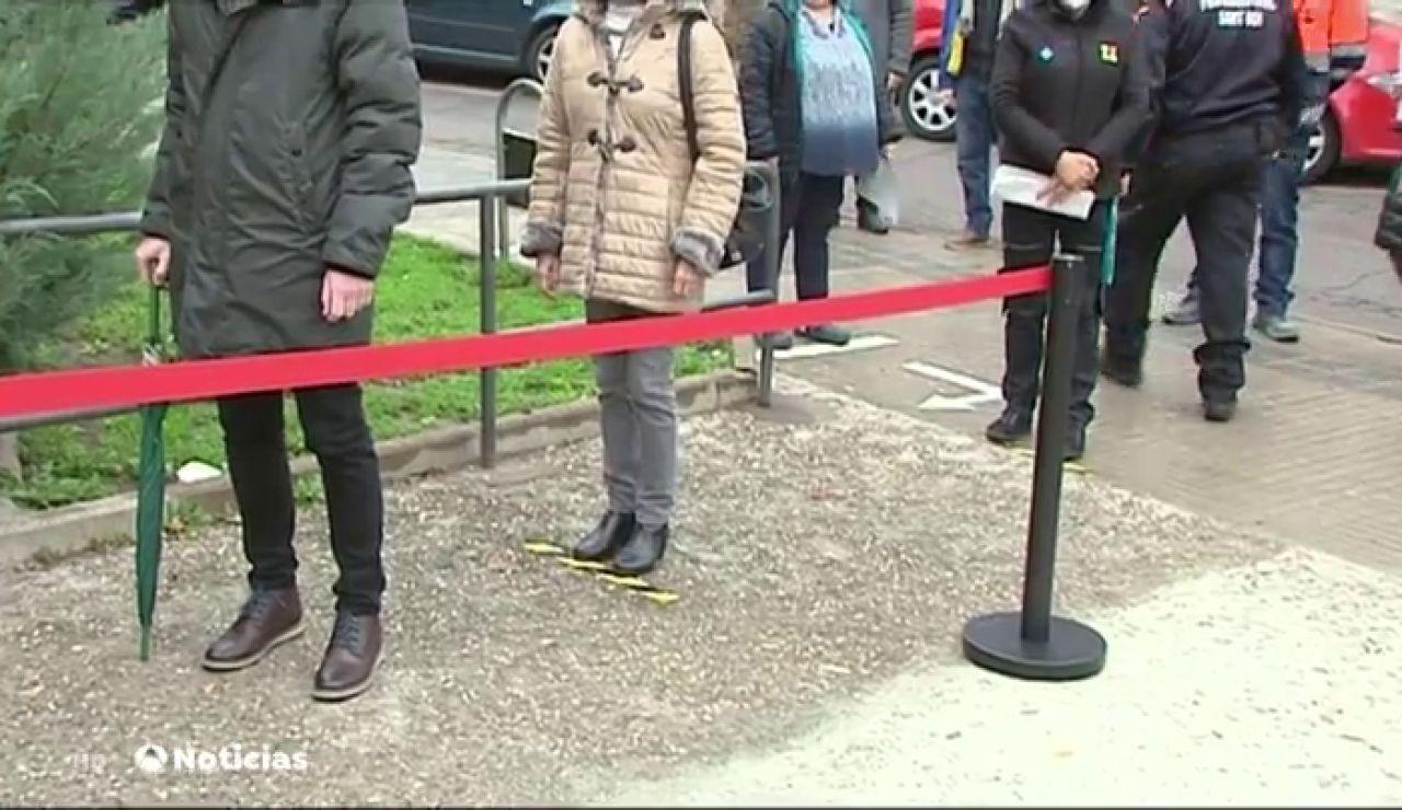 El departamento de Salud cifra en 14.000 los contagiados que irán a votar en las elecciones de Cataluña