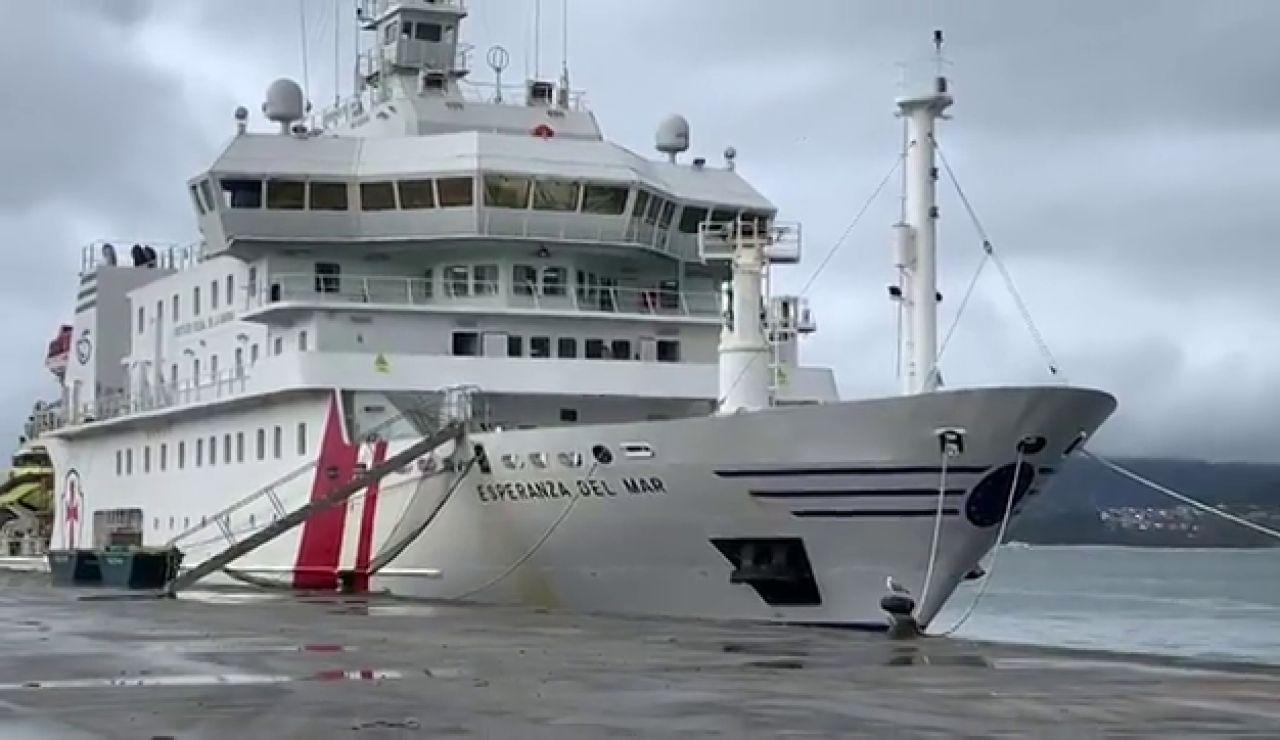 """El buque hospital """"Esperanza del Mar"""" atracado en Vigo por un brote de coronavirus"""