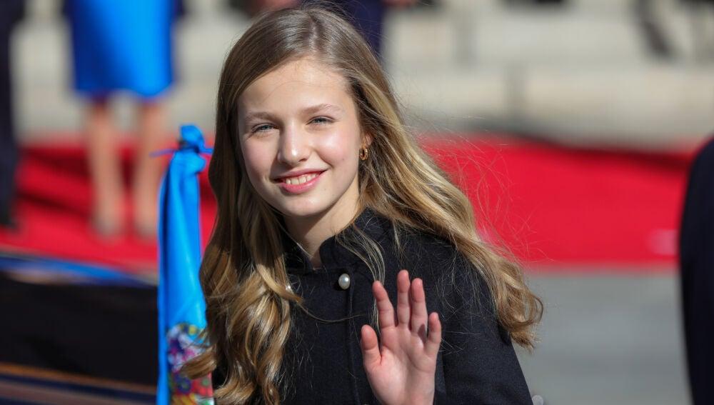 La princesa Leonor se despide tras la Solemne Sesión de Apertura de la XIV Legislatura en el Congreso de los Diputados a 3 de febrero de 2020.