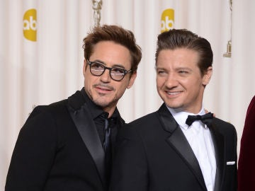 Jeremy Renner con Robert Downey Jr.